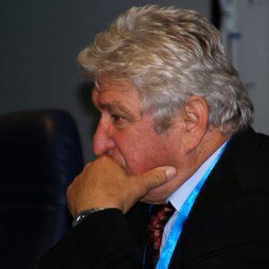 Dr. Reinhold Ganz