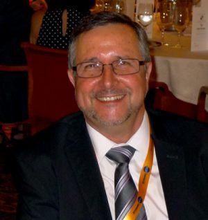 Dr. Gallart - Vicepresidente